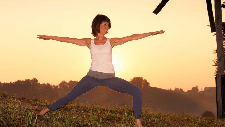 """Abend-Yoga: """"Buschenschank"""" für die Seele"""